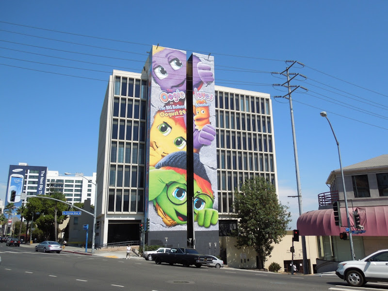Oogieloves Big Balloon Adventure billboard