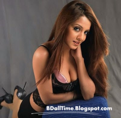 super sexy celina jaitley hot wallpaper 15+(Copy) ...Web Cam Girls For Free   View Webcams Blogs .