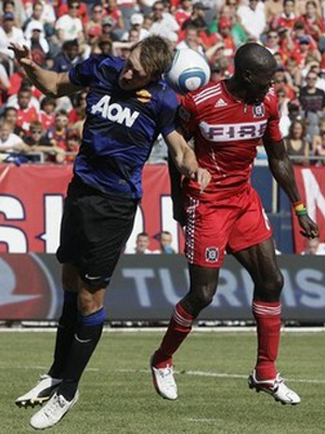 Phil Jones Chicago Fire vs Manchester United
