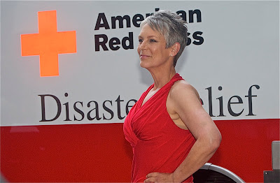 Jaimie Lee Curtis arrives at the American Red Cross Red Tie Gala