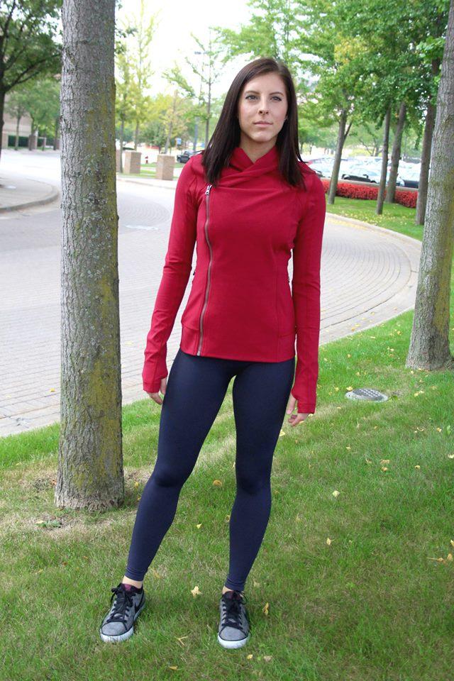 lululemon-bhakti-yoga-jacket cranberry align pant