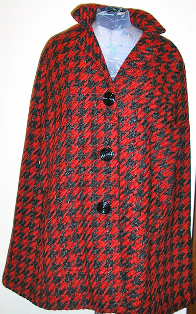 Red Vintage Houndstooth Cape #vintage #cape