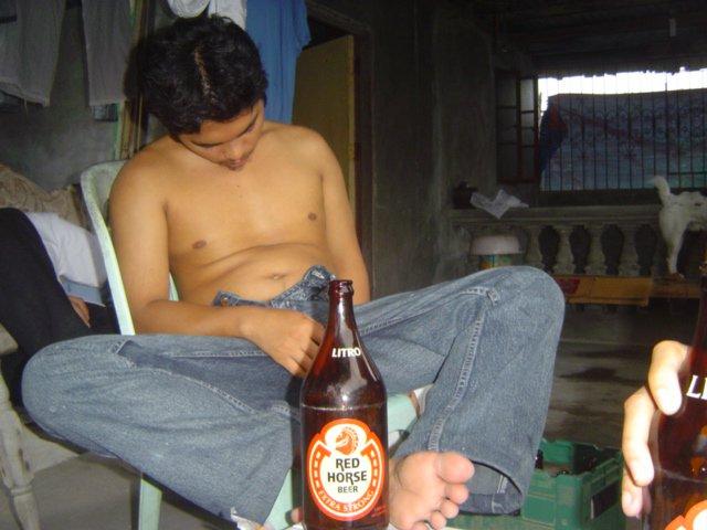 166233_178918942131684_100000407382342_489213_1901761_n - Unsa Man Gyoy Imong Problema Ha? Pagsulti Gud! - Philippine Photo Gallery