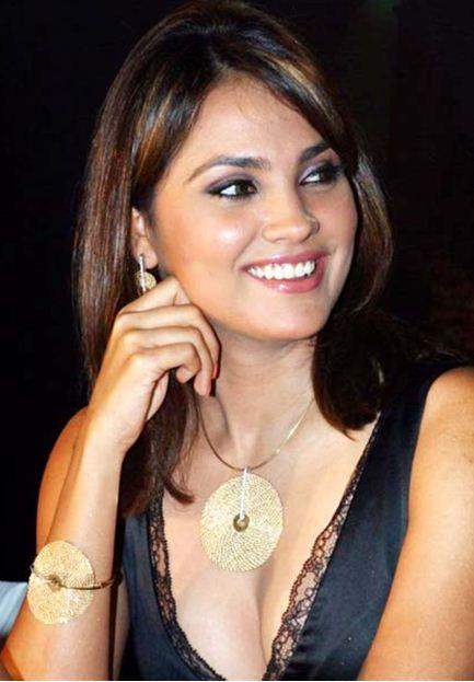 Lara Mahesh
