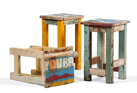 Mesas de noche recicladas ideas materiales for Mesas de tarimas recicladas