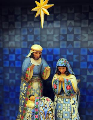 Nacimiento del Niño Jesus con Jose y Maria en Navidad