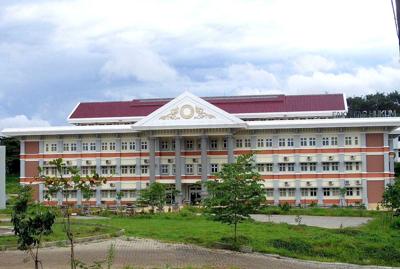 Repository Undip Diponegoro University Institutional