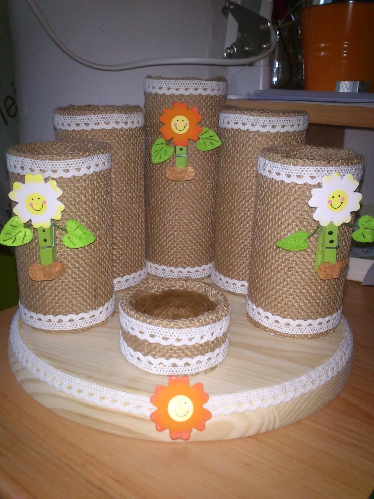 Manualidades de pili lapiceros for Lapiceros reciclados manualidades