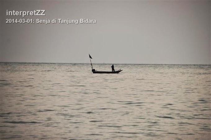 Senja di Tanjung Bidara.