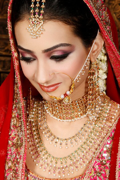 Dulhan Jewellry 2011 3 Beautiful Bridal Nose Pin