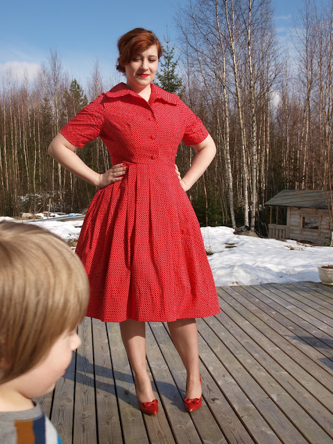 50's 60's vintage pattern shirtwaist dress