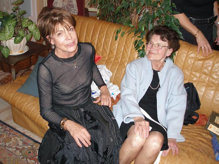 Michèle et sa mère à PAU en décembre 2006