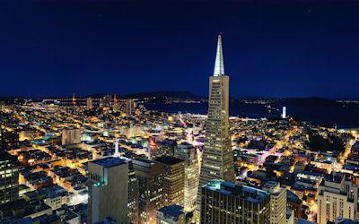 Una linda noche en la ciudad de San Francisco, California. - Night