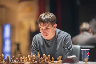 Grand Prix d'échecs de Bakou : Dmitry Andreikin fait craquer l'Italien Fabiano Caruana ronde 7 - Photo © Anastasiya Karlovich