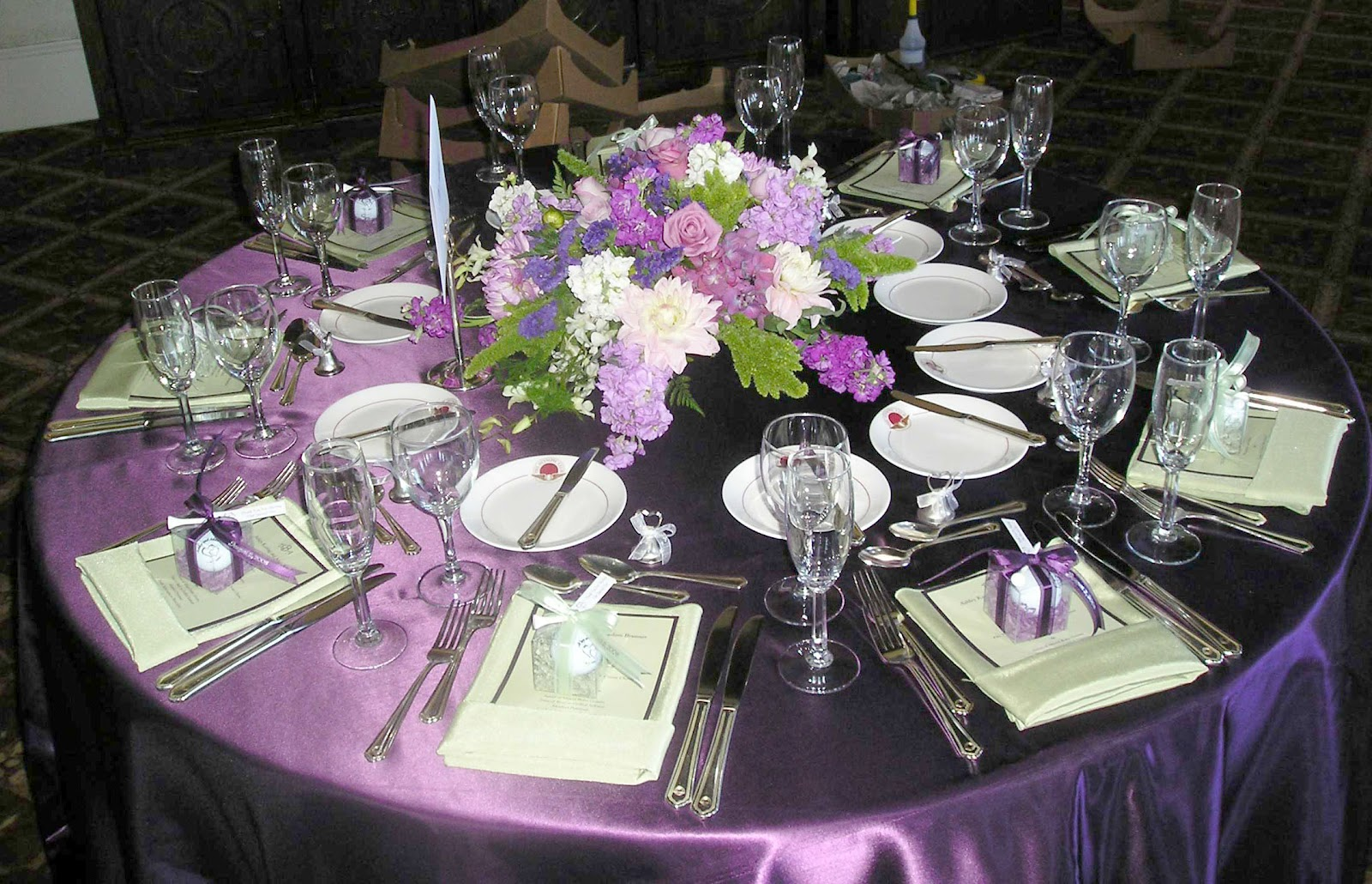 Purple wedding reception table decor photograph fusion bol for Table decoration ideas