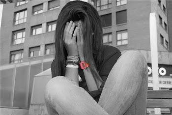 los valientes son los que saben llorar con la cara descubierta,