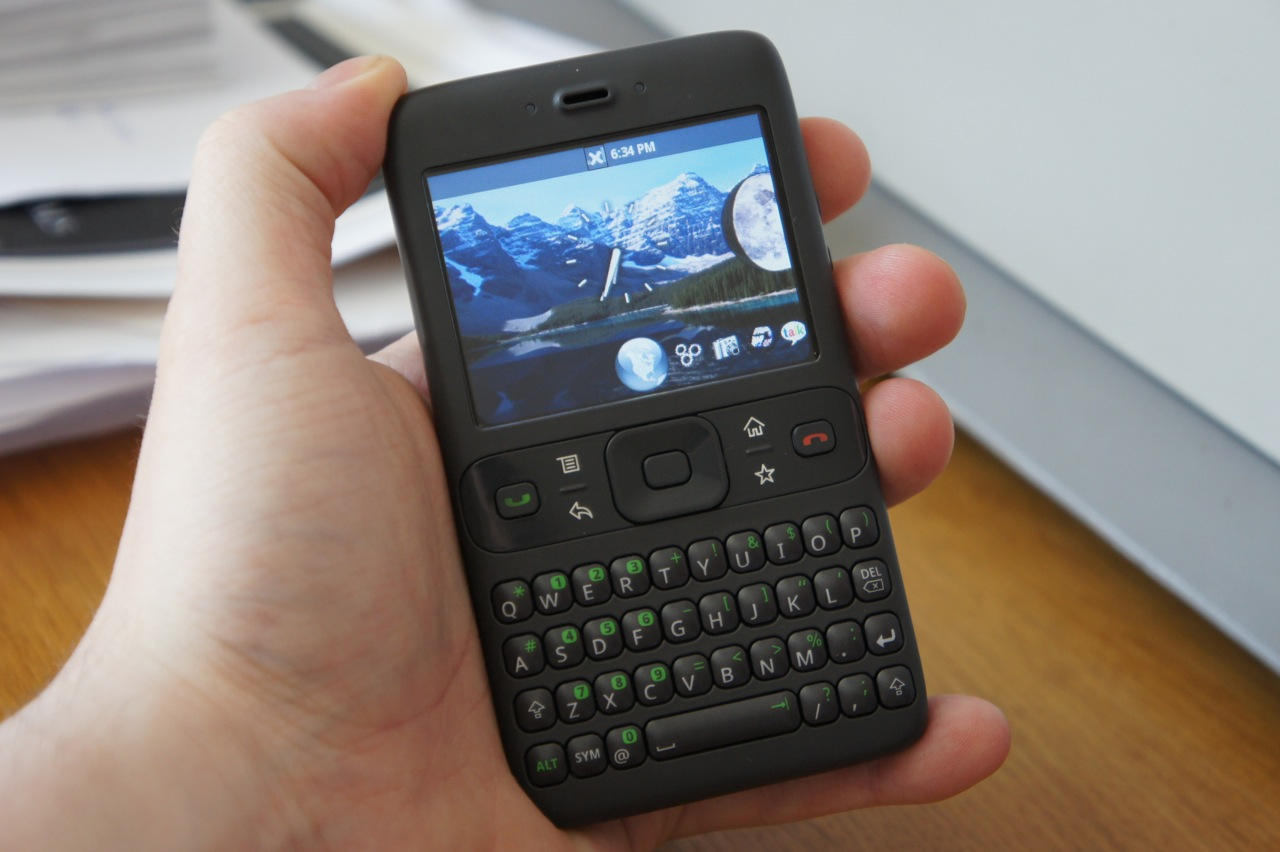 Phone First Google Android Phone see one of googles first android builds on the 2007 sooner phone via 1 bp blogspot com