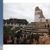 Más de 800 muertos en el seísmo de Nepal.