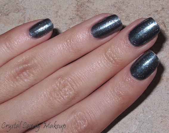 Vernis On Her Majesty's Secret Service d'OPI (Collection Skyfall)