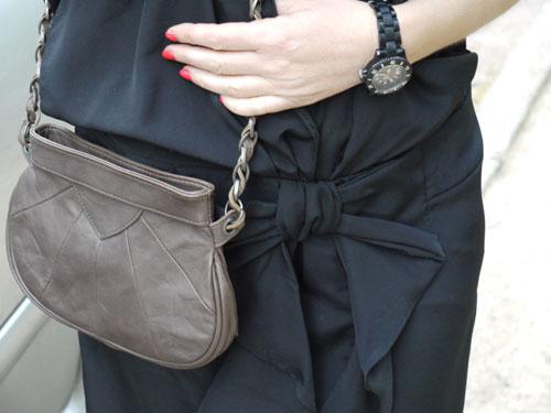 ma petite robe anthracite blog mode lyon sauce mode. Black Bedroom Furniture Sets. Home Design Ideas