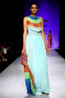 Style-with-lakme