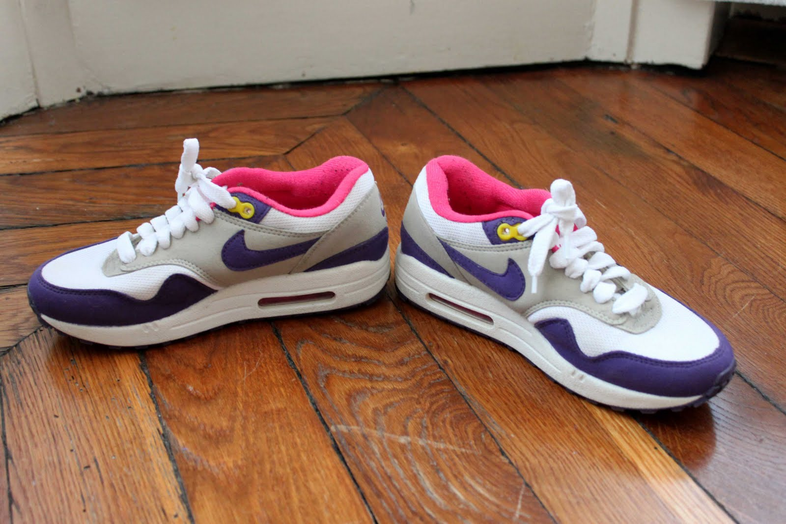 air max taille 37 nike shox baskets femmes. Black Bedroom Furniture Sets. Home Design Ideas