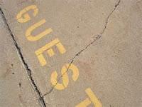 "<img src=""guestpost.jpg"" alt=""Guest Post Etiquette"">"