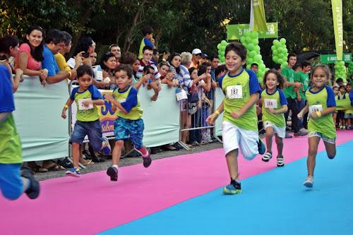 Mil crianças participam de -corridinha- em shopping da Capital neste domingo (23)