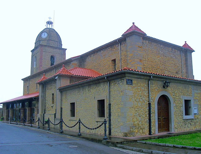 Iglesia de Nuestra Señora de Lindes en Suances