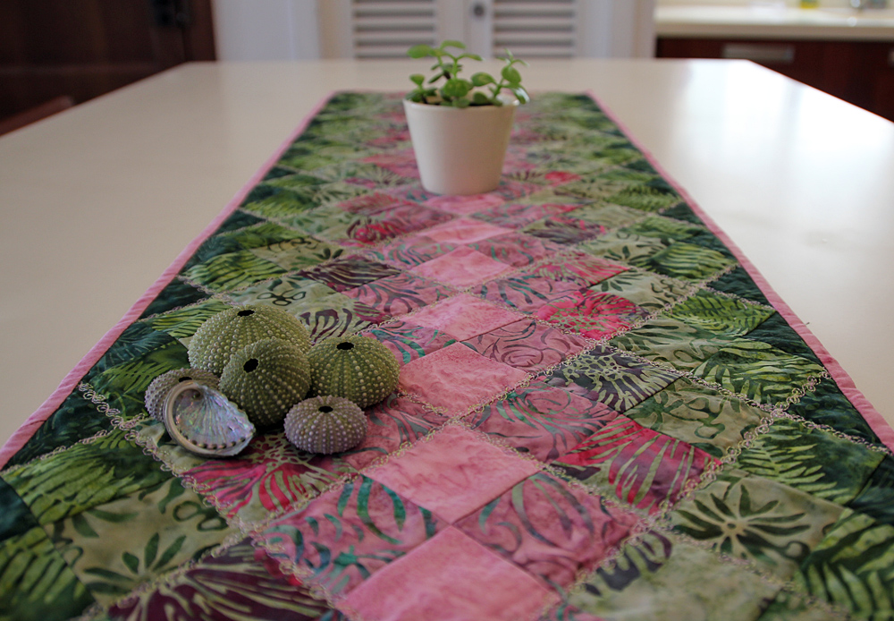 Outstanding Simple Table Runner 1000 x 694 · 390 kB · jpeg