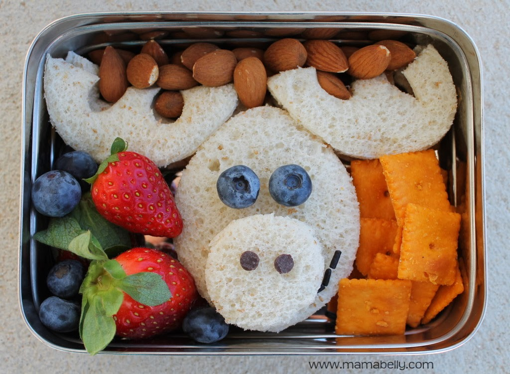 Moose school lunch sandwich for Literary Lunch with picture tutorial - mamabelly.com