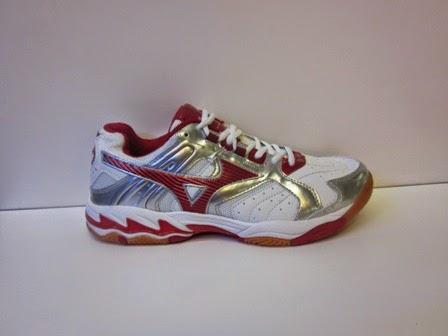toko sepatu volly, sepatu mizuno merah, mizuno putih