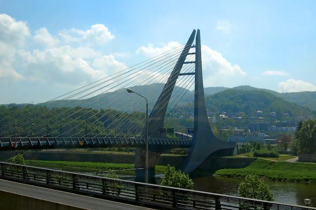 Мост в Усти-над-Лабем. Города Чехии, фото
