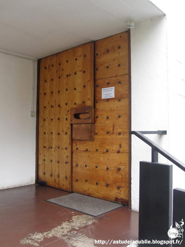 Valenciennes / Saint-Saulve - Eglise / Chapelle du Carmel de valenciennes  Architectes: Pierre Székely et Claude Guislain  Construction: 1964-1966