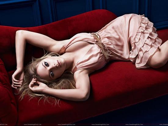 Scarlett_Johansson_hd_wallpaper_sweetangelonly.com