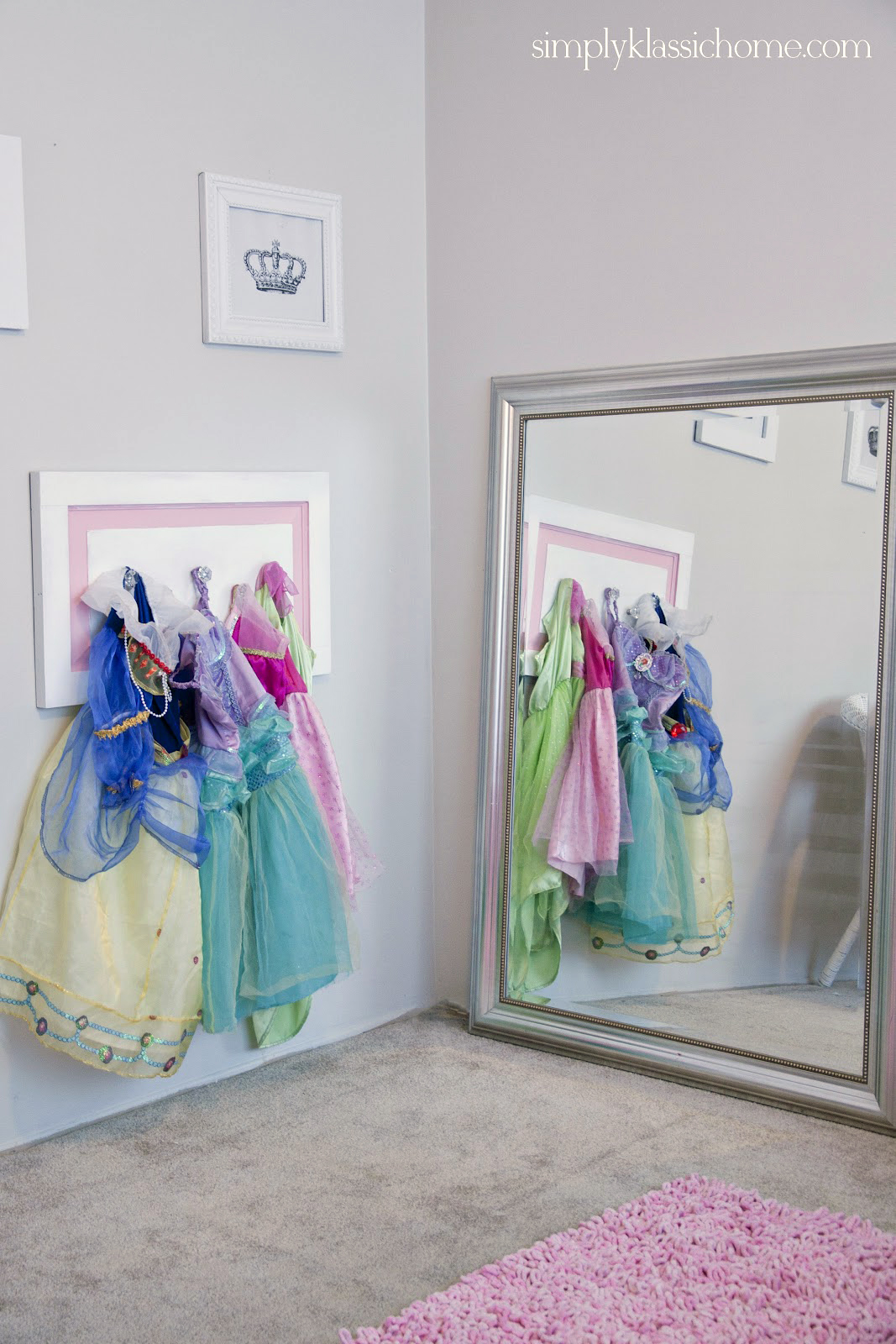 princess dressing area little girl 39 s room details yellow bliss road. Black Bedroom Furniture Sets. Home Design Ideas