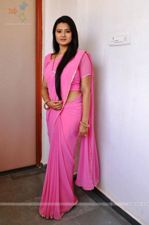 kratika sengar actress