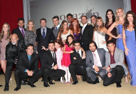 Fotos del elenco de Corazon Valiente con Adriana Fonseca y Jose Luis ...