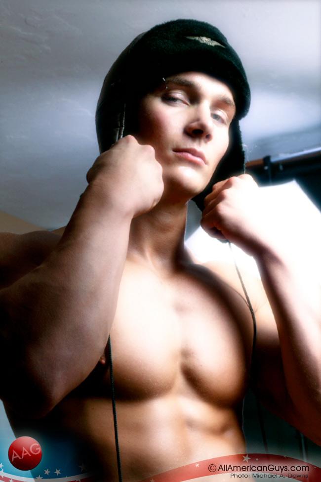 maschi muscolosi gay milano annunci gay