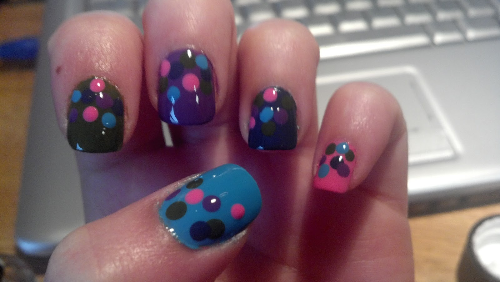 Nikki's Nail Files: Inspired by Pinterest: Pretty Polka Dotties