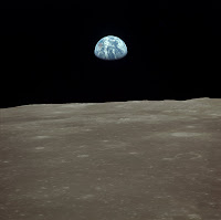 Earthrise seen from the Moon - Apollo 11, Orbit of the Moon