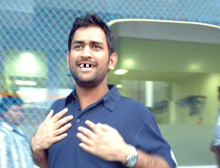 Funny+Dhoni+Images_1.jpg