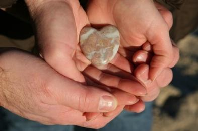 To Be Right or To Be Happy? - romance stone love heart
