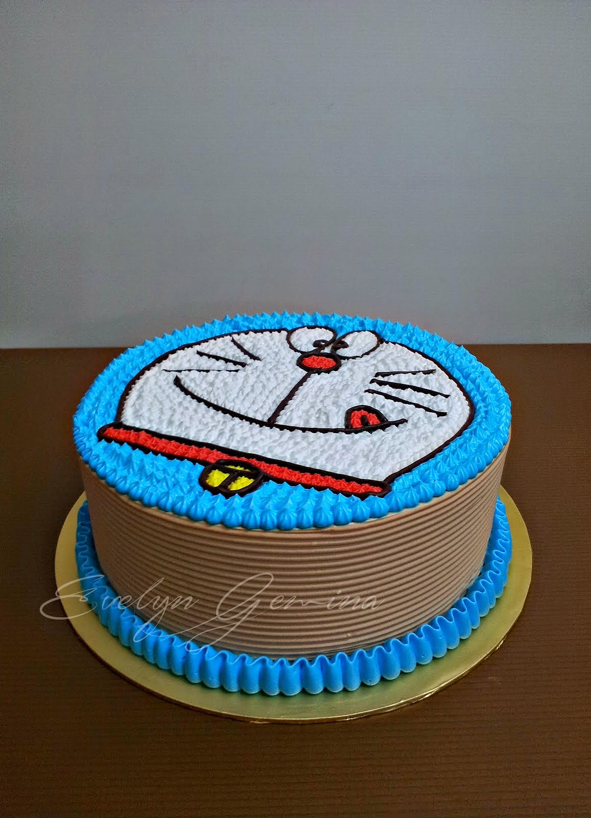 Doraemon Cake (Chocolate spongecake) / 2KG