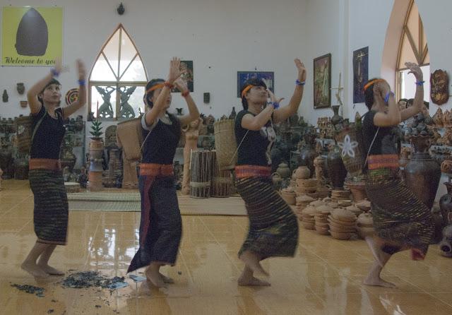 Nghệ thuật múa của người Chăm ở Ninh Thuận