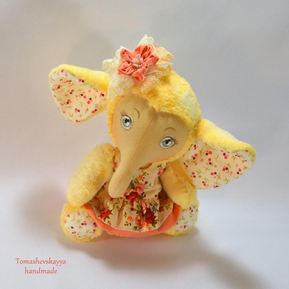 Слоненок игрушка. Картинка слон. Милый слоненок.