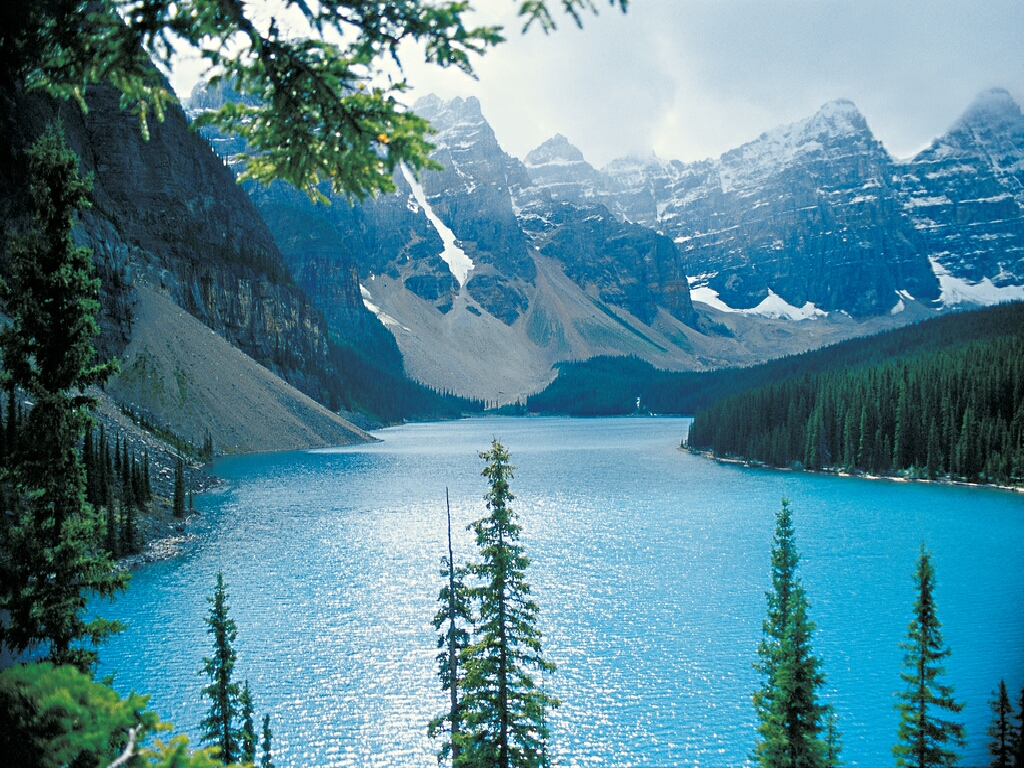 http://1.bp.blogspot.com/-9P1wUHEsUmY/TWEIjqb34JI/AAAAAAAABcE/8sZkIp0gpLY/s1600/Moraine-Lake-Rocky-Mountains-Alberta-Canada.jpg