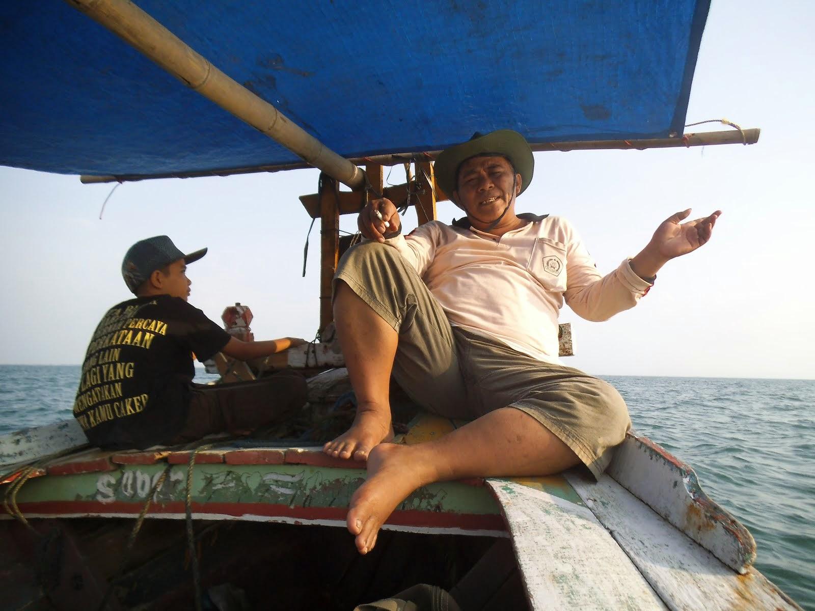 Mancing di Laut