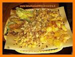 Fiori e foglie impastellati e fritti