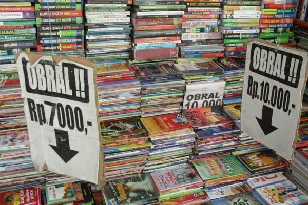 pasar buku bekas shopping yogyakarta   info jogja